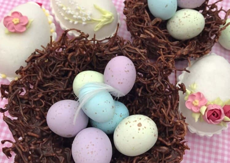 Make your Easter Egg-cellent with Grace Stevens!